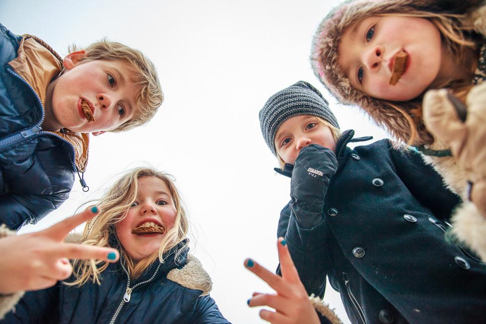 winterse-familiefotoshoot-soesterduinen